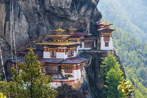 Tiger's-Nest-in-Bhutan
