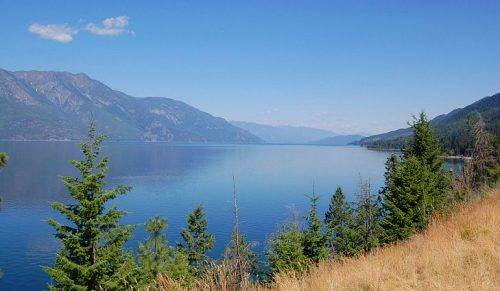 Mountain Trek Hikes British columbia Fitness Retreat