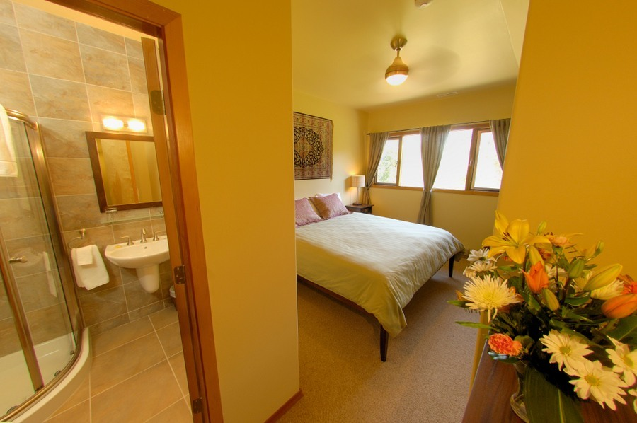 Mountain Trek Lodge & Spa Room