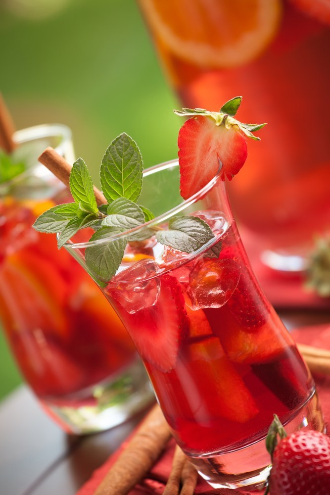 Healthy Sangria with fresh fruit and sparkling water
