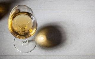5 Ways Alcohol Hinders Weight Loss