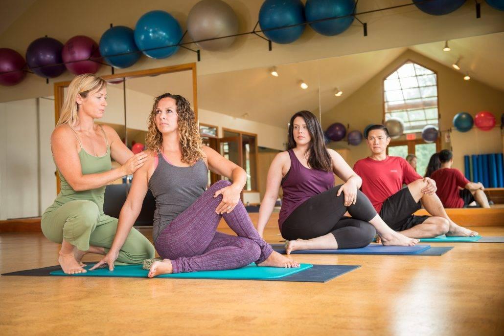 Mountain Trek Lodge & Spa Breathtaking Yoga Studio