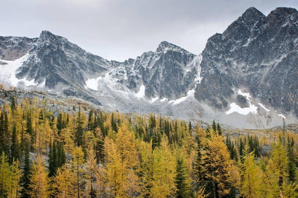 Hiking Monica Meadow at Mountain Trek Lodge & Spa