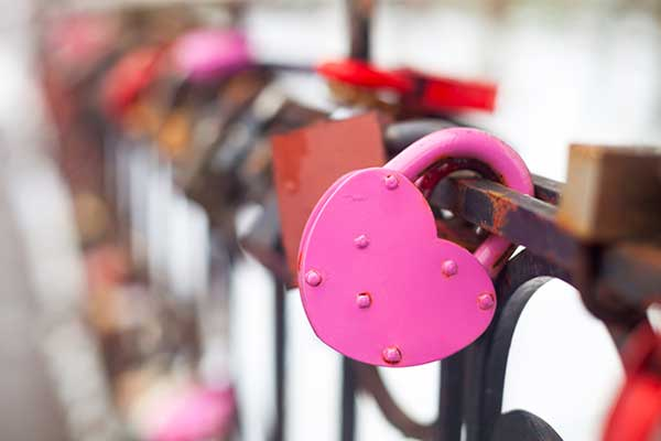 Pink-Love-Lock