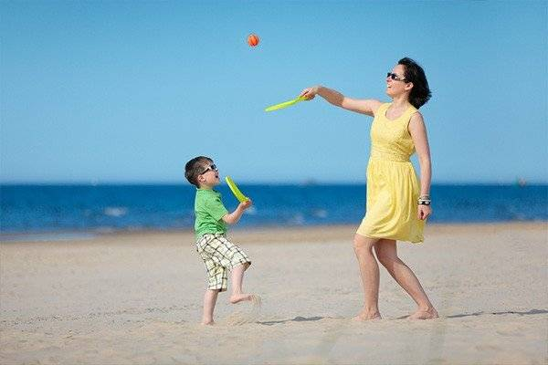 10 Tips for a Healthy Family Getaway