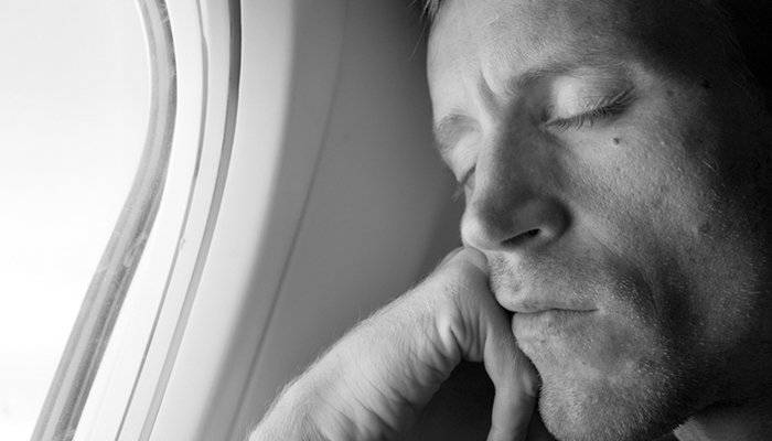 Tips for sleeping on an airplane