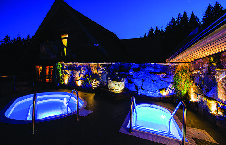 Mountain Trek Fitness Retreat and Spa at Night